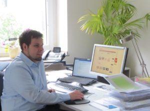 Christian Krätzig schraubt an der neuen Homepage