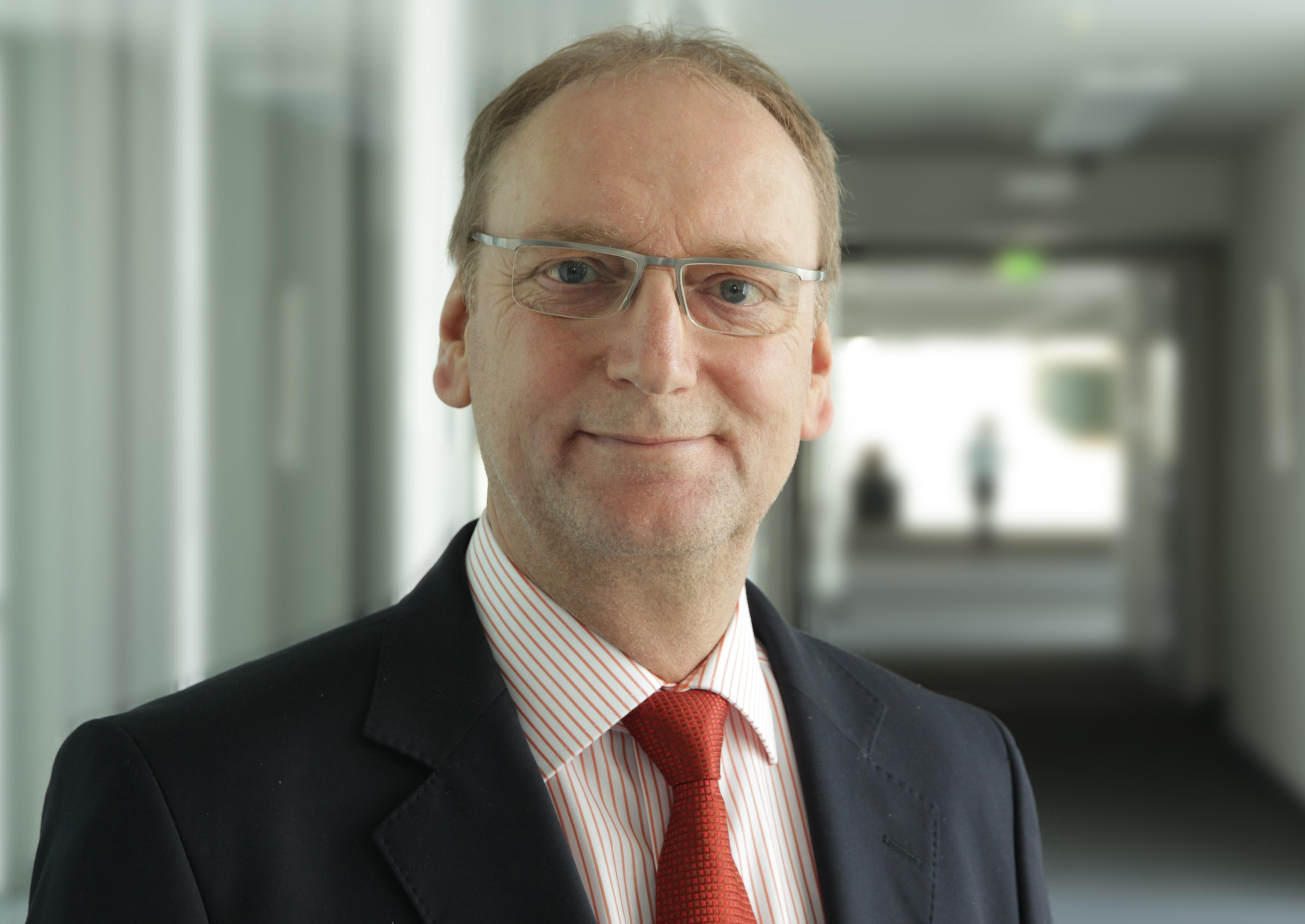 ESG Dr Andre Koloska