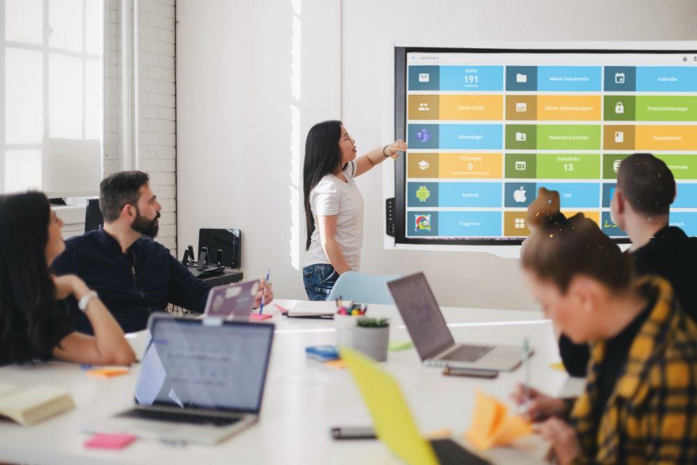 Stadt Leverkusen führt MNSpro Cloud an weiterführenden Schulen ein