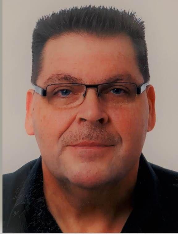 General Manager Uwe Saame von CryptWare